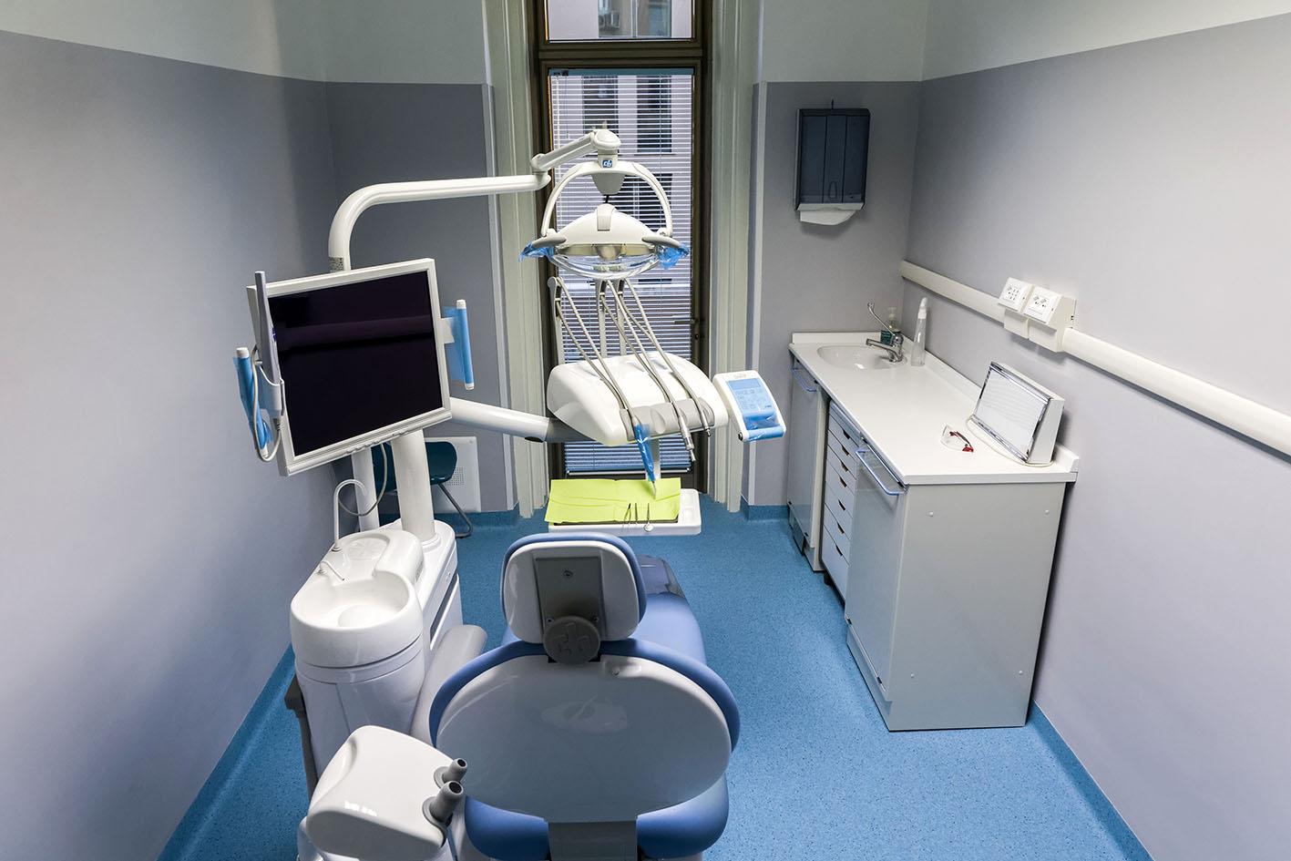 Roberta Lamia Odontoiatra e Protesi Dentaria - Studio Dentistico - Trieste - Foto di Paola Dibella